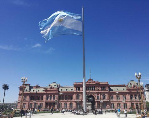 Casa Rosada, Plaza de Mayo